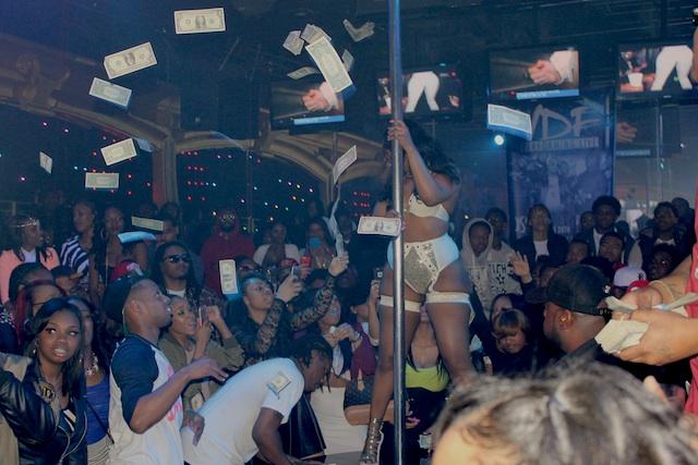 Detroit strip bar shooting
