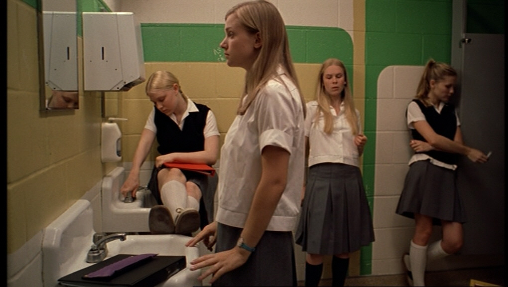young-teen-vigin-highschool-girl