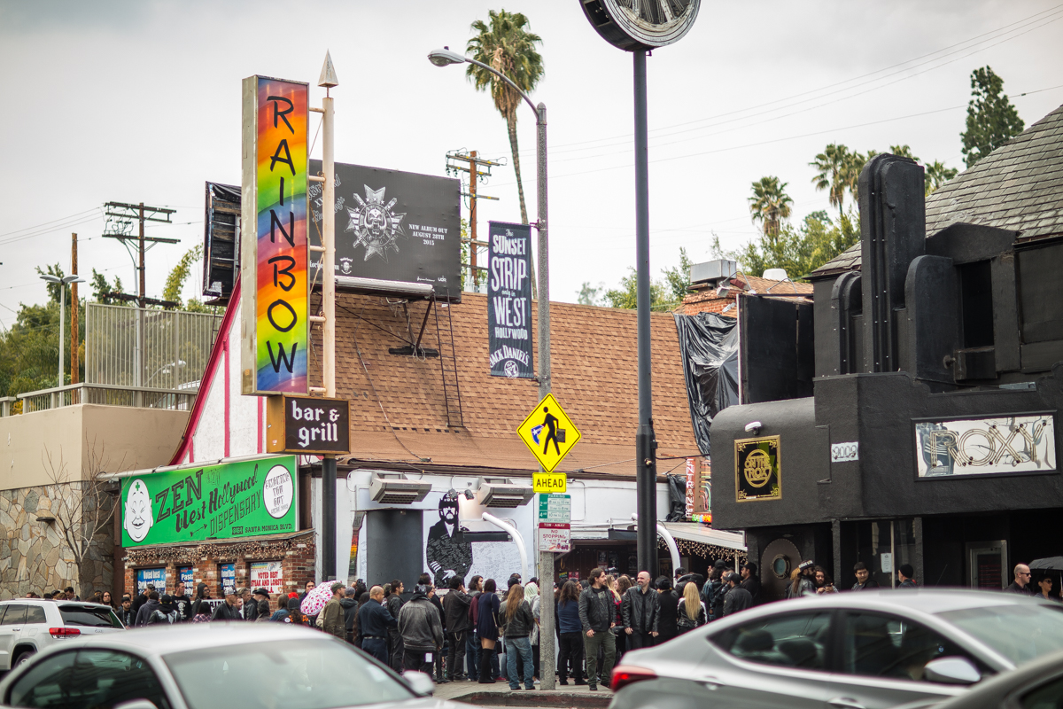 Motörhead Fans and Friends Paid Tribute to Lemmy at the Rainbow ...