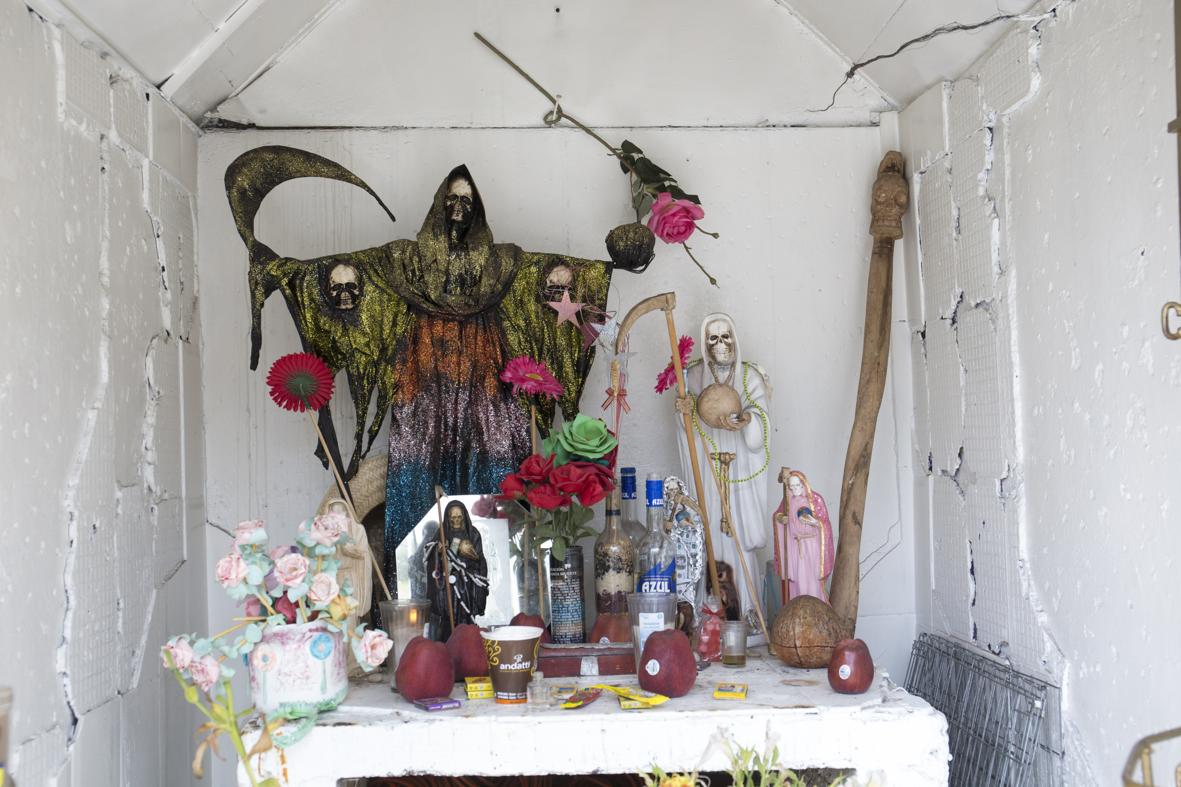 in 2001 across of and which City Muerte 10 in million altar The now North cult and both Santa Mexico followers gained its 8 claims first public between fq6WAO5w